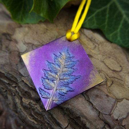 Scents Lite medál zsenge csörgőfa ágacska lenyomatával